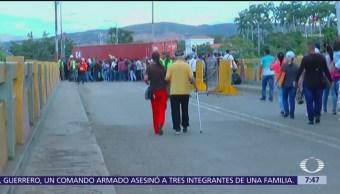 Venezuela reabre cruces fronterizos con Colombia