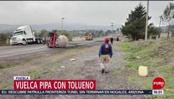 FOTO: Vuelca pipa con tolueno en Puebla; no hay lesionados, 1 Junio 2019