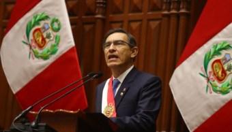 Foto: El presidente de Perú dice que tomó esta decisión en el marco del respeto irrestricto de la Constitución, el 28 de julio de 2019 (EFE)