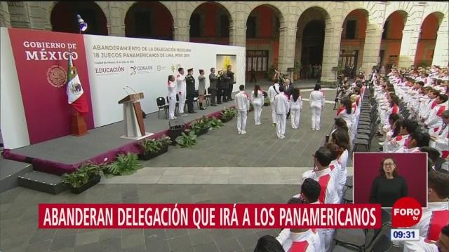 AMLO abandera a delegación mexicana que asistirá a Juegos Panamericanos