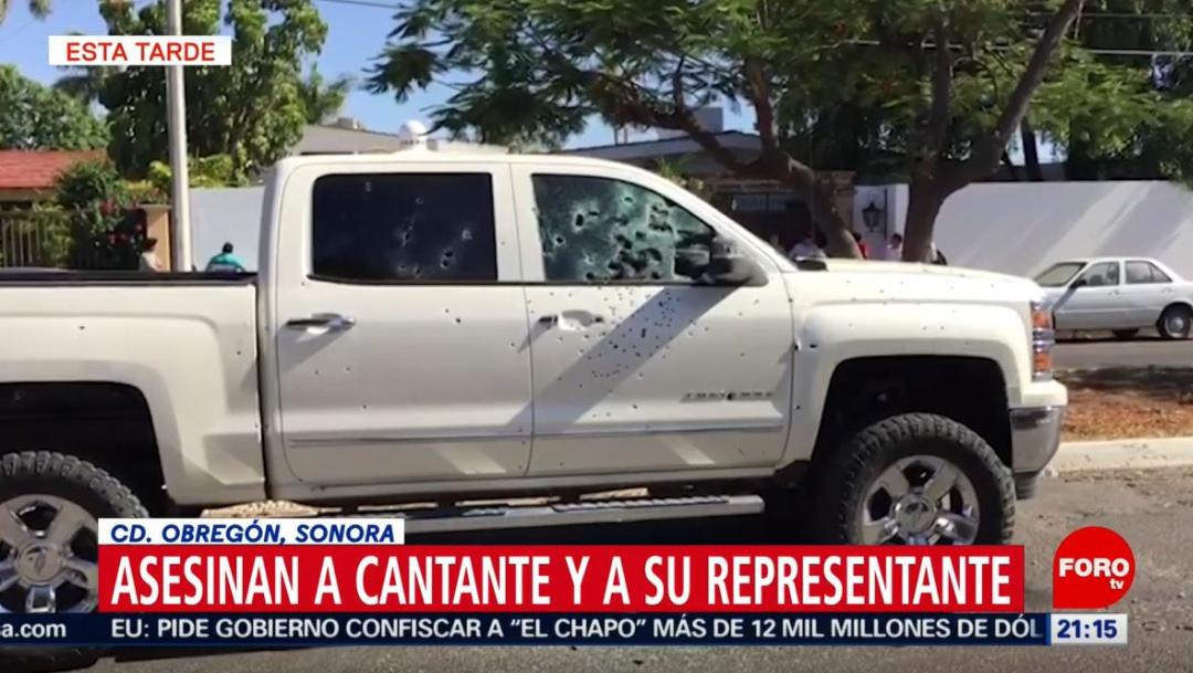 Foto: El cantante y su representante recibieron más de 300 tiros en la camioneta donde viajaban, el 6 de julio de 2019 (Noticieros Televisa)