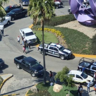 Balacera en centro comercial de Zapopan, Jalisco, deja al menos dos muertos