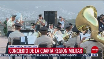 Banda militar ofrece concierto en Monterrey