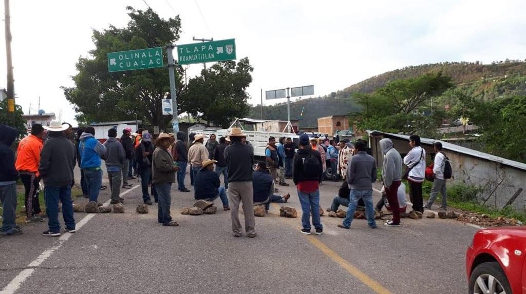 Bloqueos por retraso en la entrega del fertilizantes en Guerrero