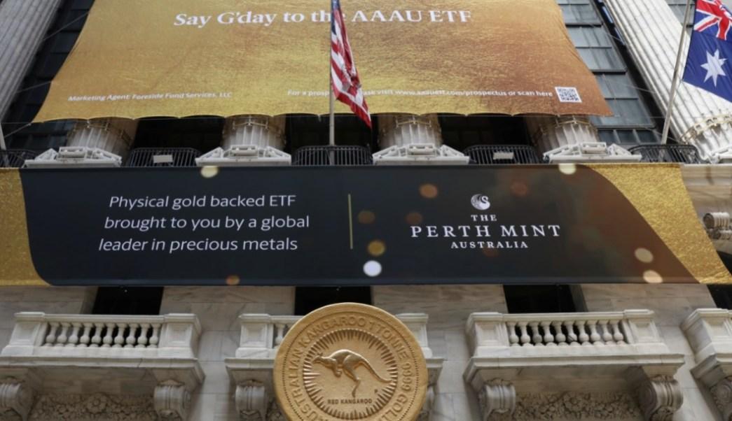 Foto: La moneda de lingotes de oro más grande del mundo, Kangaroo One Tonne Gold Coin, afuera de la Bolsa de Nueva York (NYSE) en Nueva York, EU, 16 de julio de 2019 (Reuters)