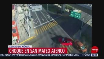 FOTO: Cámaras de seguridad captan choque en San Mateo Atenco, Estado de México, 7 Julio 2019