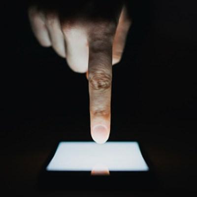Te decimos cómo bloquear tu celular si te lo roban