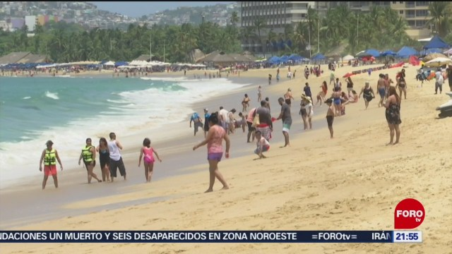 Foto: Turistas Disfrutan Playas Acapulco 19 Julio 2019