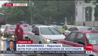 Foto: Concluye Mitin Por Desaparecidos Ayotzinapa CDMX