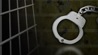 policía capitalina detiene a tres sospechosos tras persecución