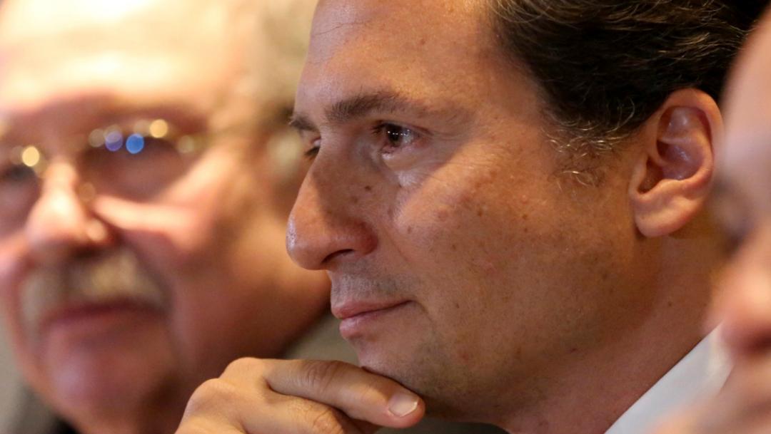 FOTO Emilio Lozoya, centro de la imagen, presenta pruebas: Peña Nieto sabía de Agro Nitrogenados (AP)