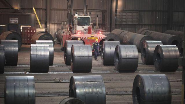 Foto: Bobinas de acero producidas en la fábrica de acero NLMK Indiana, en Portage, Indiana, EEUU. El 15 de marzo de 2018