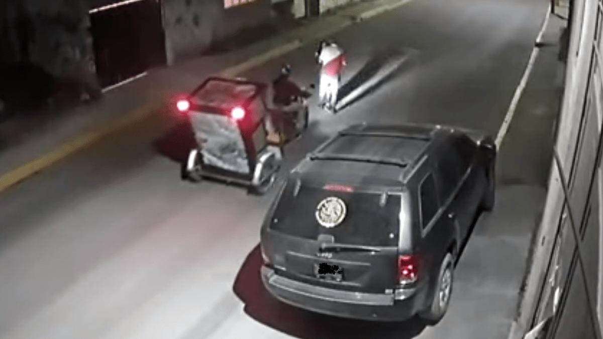 Foto: Un mototaxista salvó a una joven de intento de secuestro en Toluca, Estado de México.