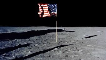bandera de estados unidos en la luna