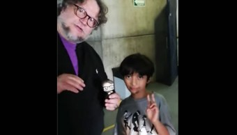 Foto Niño 'youtuber' entrevista a Guillermo del Toro 30 julio 2019