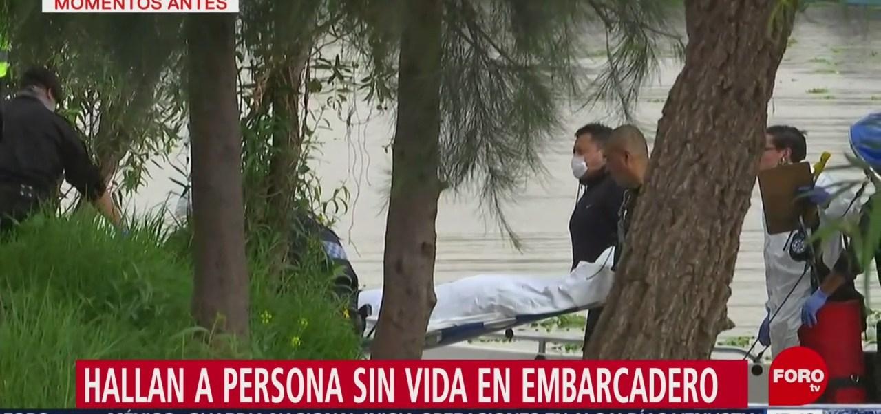 FOTO: Hallan cuerpo de persona en embarcadero de Xochimilco