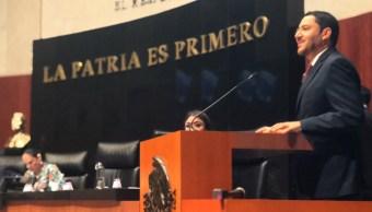 Una mujer para presidir el Senado, propone bloque opositor
