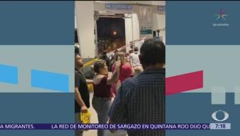 Migrantes irrumpen en puente de Paso del Norte en Ciudad Juárez, Chihuahua