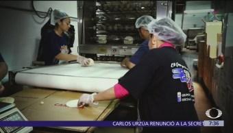 Migrantes mexicanos venden sus productos en mercado de Nueva York