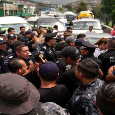 Líder del movimiento de la Policía Federal estuvo preso por secuestro, dice Durazo