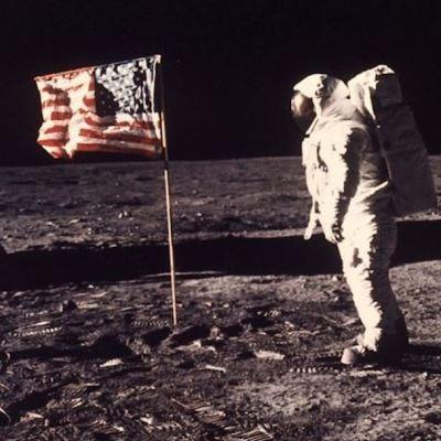Así cubrió la prensa la llegada del hombre a la Luna