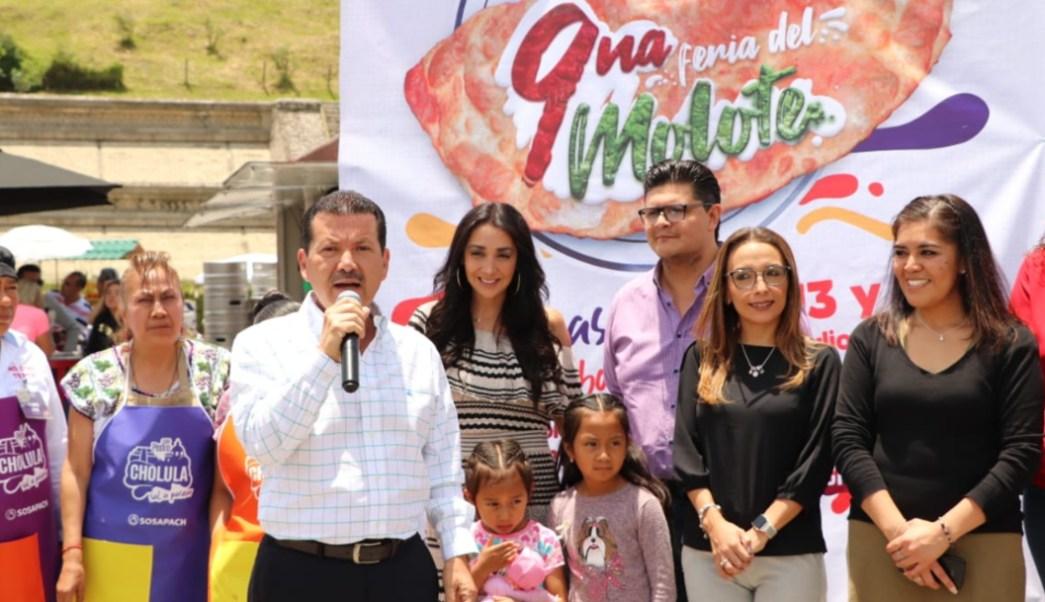 Foto: La Feria del Molote se realiza en la explanada Soria frente a la pirámide de Cholula, el 14 de julio de 2019 (Twitter @GobiernoCholula)