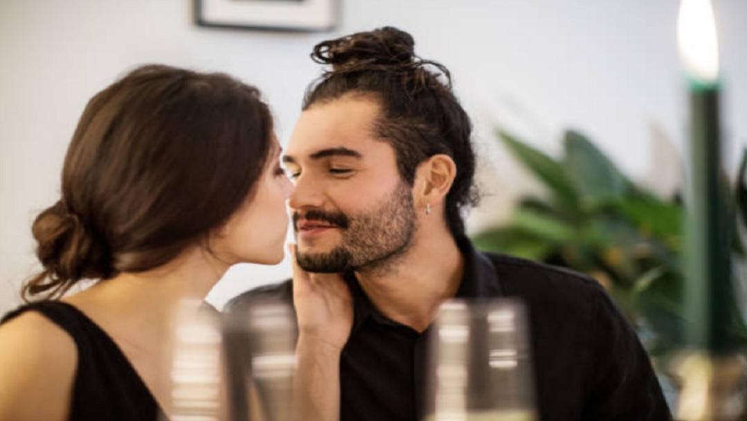 Hombres prefieren no usar condón con mujeres más guapas