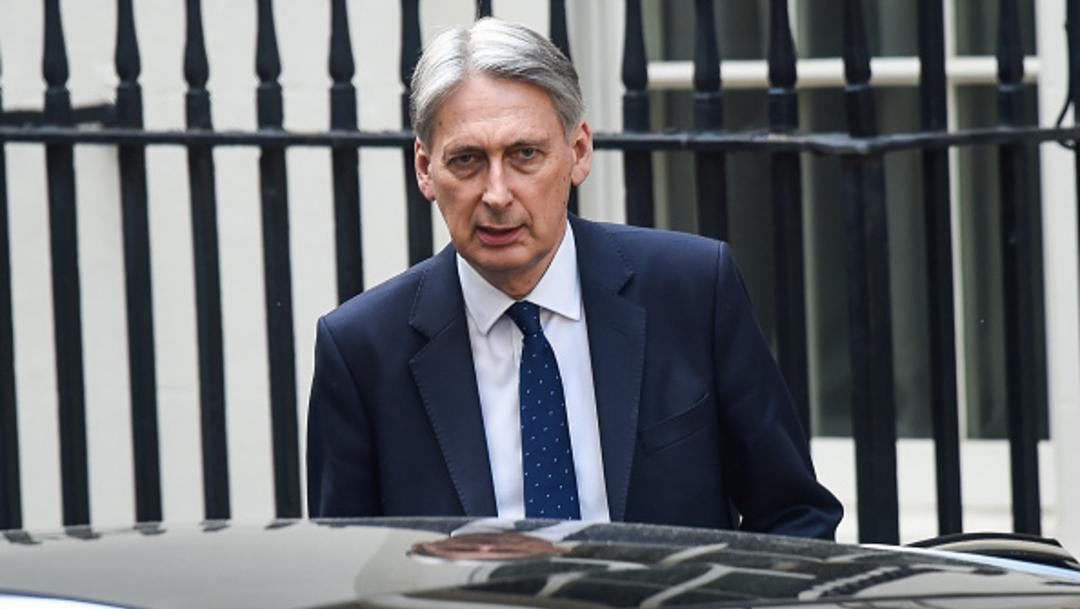 Imagen: El ministro confirmó su esperada salida del Ejecutivo al programa del periodista Andrew Marr, 21 de julio de 2019 (Getty Images, archivo)