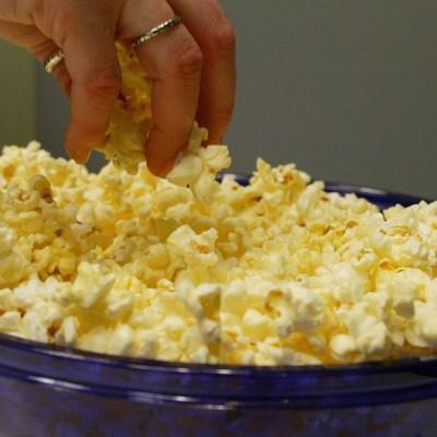 Las palomitas de maíz ayudan a combatir el envejecimiento: estudio