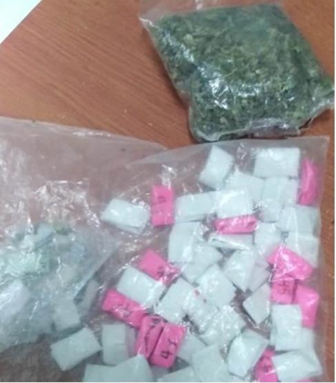 Tanto la marihuana como la cocaína eran para consumo personal de los oficiales.