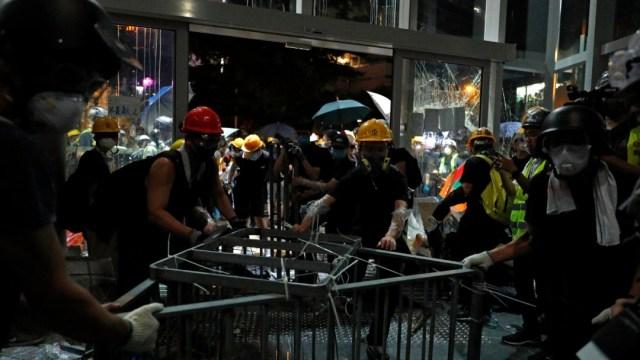 FOTO Protestas en Hong Kong, en aniversario del traspaso a China (AP)