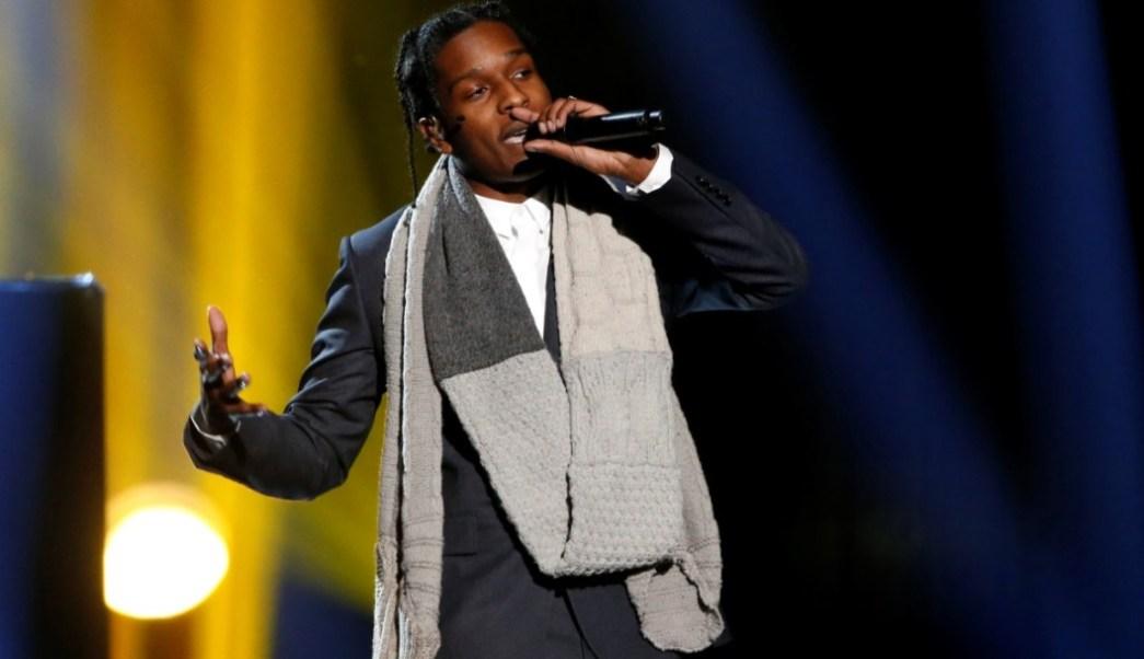 """Foto: A$AP Rocky interpreta """"No soy el único"""" con Sam Smith en Los Ángeles, Estados Unidos, el 20 de julio de 2019 (Reuters)"""
