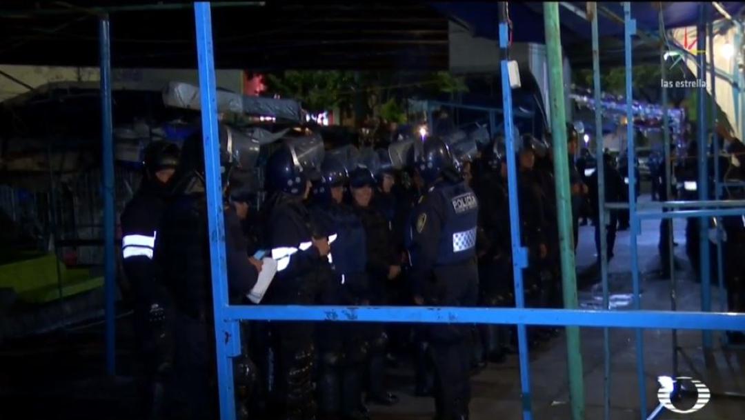 Foto: Retiran puestos semifijos en el Metro Tacuba, CDMX 29 julio 2019