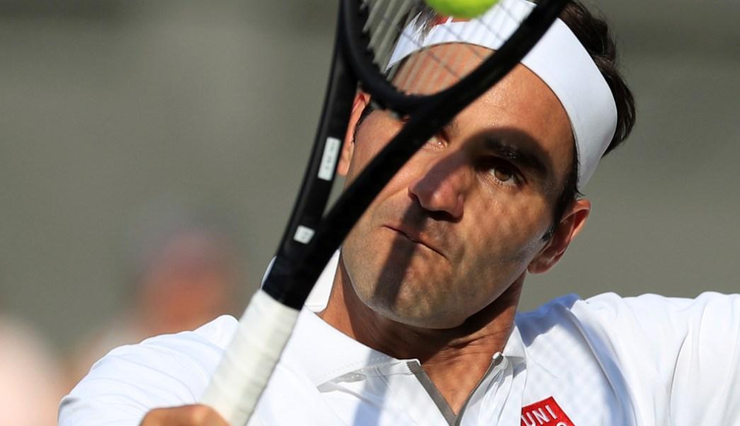 Foto: El suizo Roger Federer le gana al español Rafael Nadal., 12 julio 2019