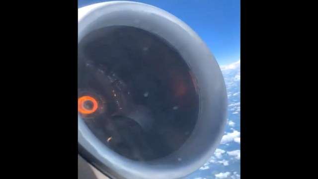 Foto Se incendia turbina de avión de Delta Airlines 10 julio 2019
