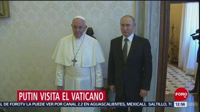 Vladimir Putin se reúne con el papa Francisco