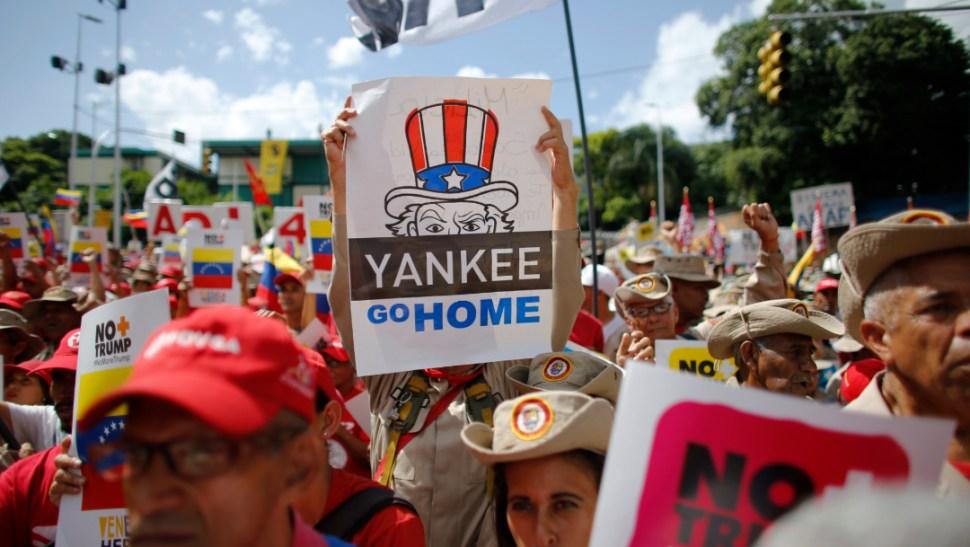 Foto: Los chavistas salieron a las calles de Caracas, 10 de agosto de 2019 (AP)