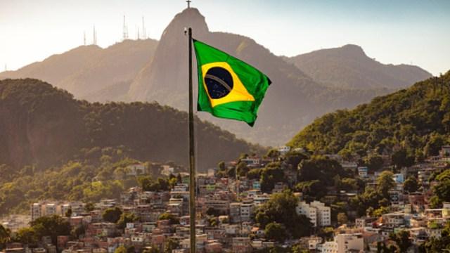 FOTO: Bolsa de Sao Paulo se derrumba 5% por primer caso de coronavirus, el 26 de febrero de 2020