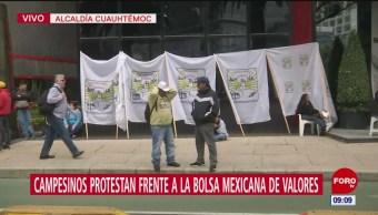 Campesinos protestan frente a BMV