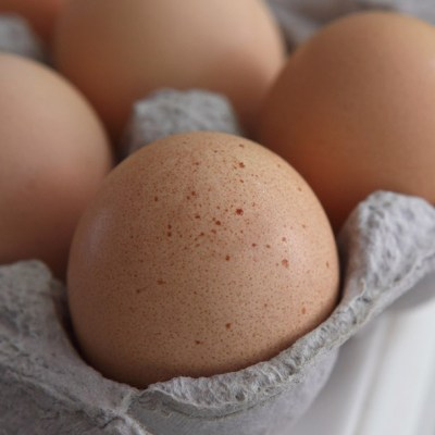¿Se pueden preparar huevos estrellados sin aceite?