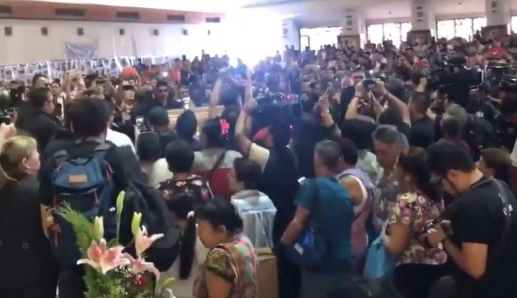 Foto: Seguidores de Celso Piña asisten a la misa de cuerpo presente en la Basílica de Guadalupe de Monterrey, el 24 de agosto de 2019 (YouTube)