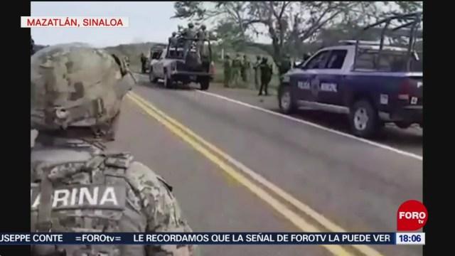 Enfrentamiento Entre Policías Hombres Armados Mazatlán