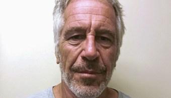 Foto: Jeffrey Epstein aparece en una foto tomada para el registro de delincuentes sexuales de la División de Servicios de Justicia Criminal de Nueva York, EEUU. Reuters/Archivo