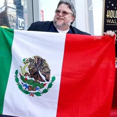 Guillermo del Toro recibe estrella en Paseo de la Fama de Hollywood