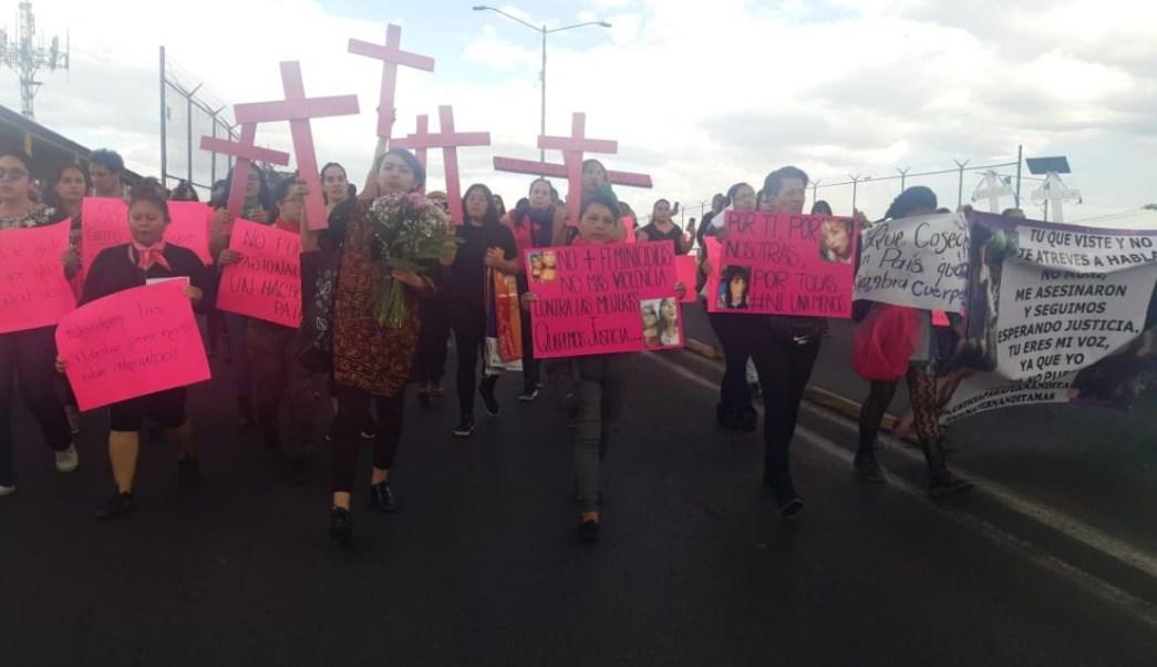 Foto: Mujeres marchan contra los feminicidios en Ecatepec, Estado de México. Noticieros Televisa