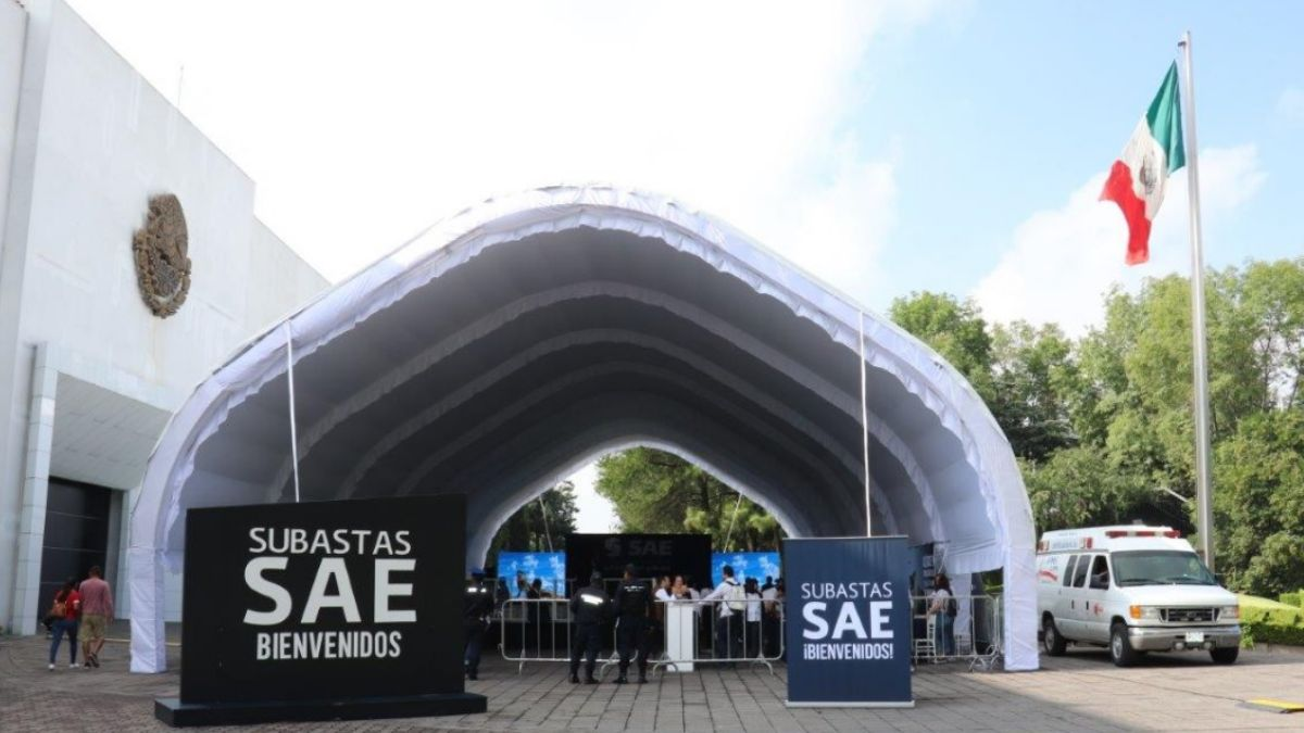 Foto: Subasta del Servicio de Administración y Enajenación de Bienes (SAE). El 11 de agosto de 2019. Twitter/