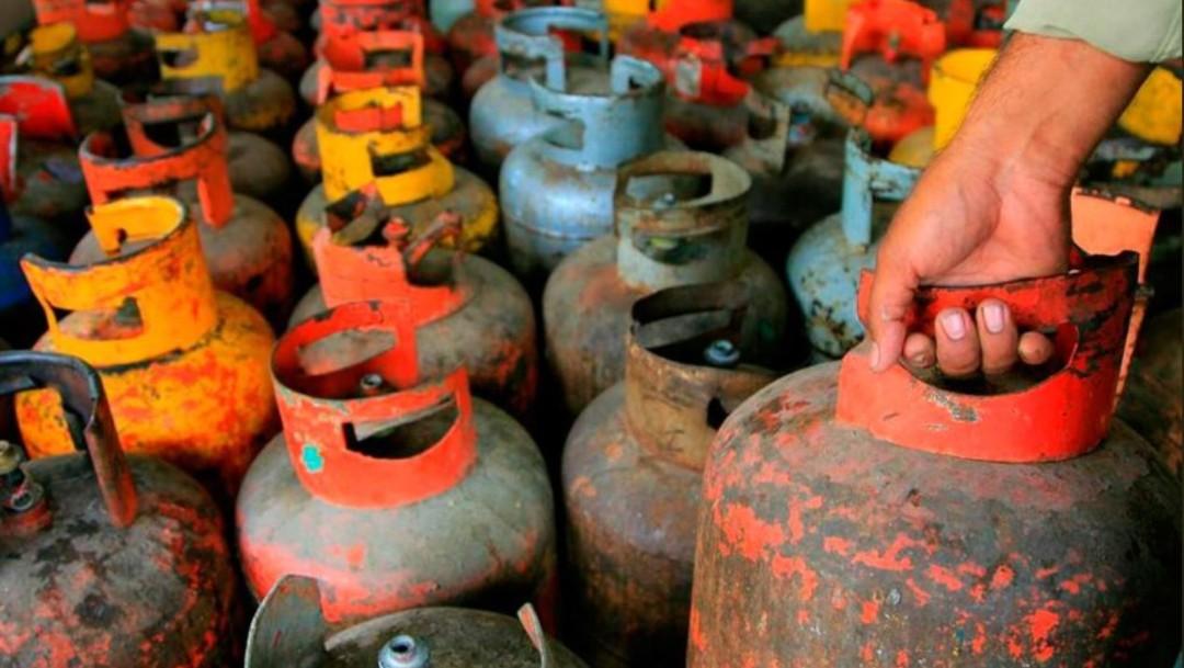 Huachigaseros amenazan y atacan a vendedores de gas LP en Texcoco