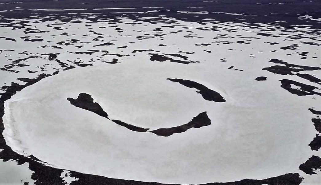Islandia conmemora la muerte del glaciar Okjökull a causa del cambio climático