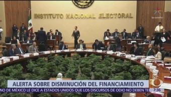 INE y TEPJF reaccionan a reducción presupuestaria a partidos políticos