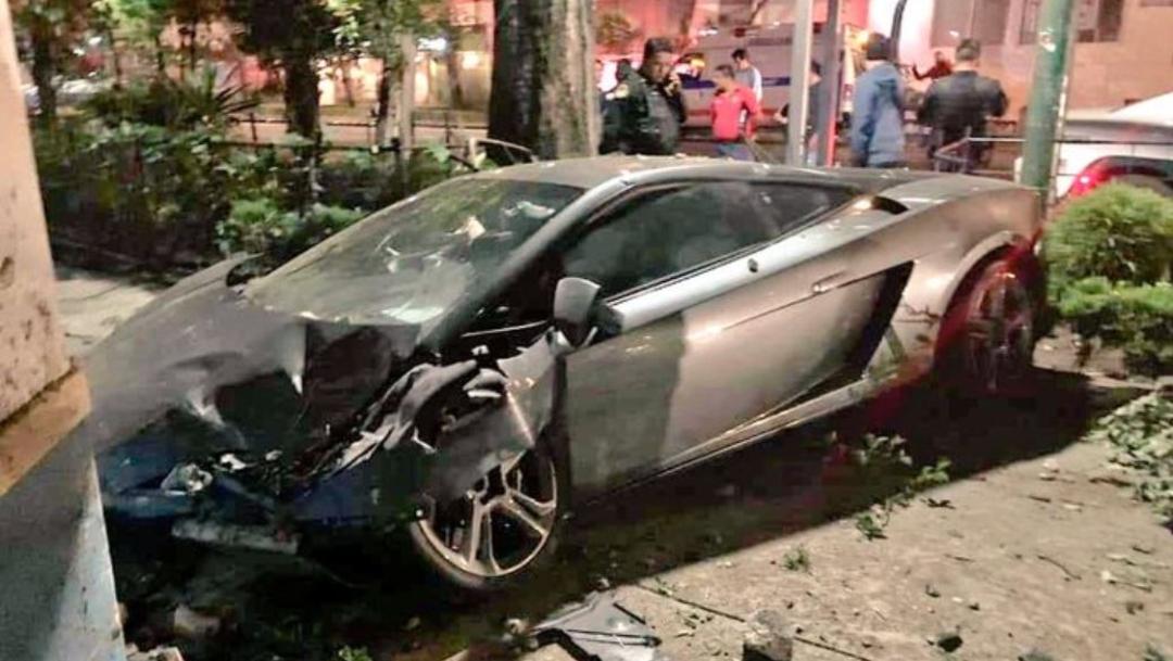 Foto: Destroza su Lamborghini y lo abandona en la colonia Roma, 17 agosto 2019